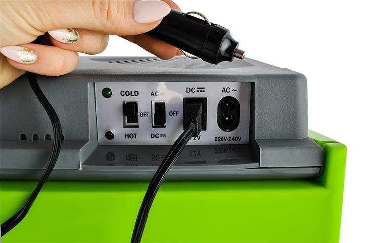 96fb7c2aac8 ... Electric 25 30 L Cool Box Warmbox Camping Box 12V   230V Plug   5232 ...